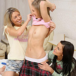 Three hot teens nude and bang double dildo in bedroom orgy