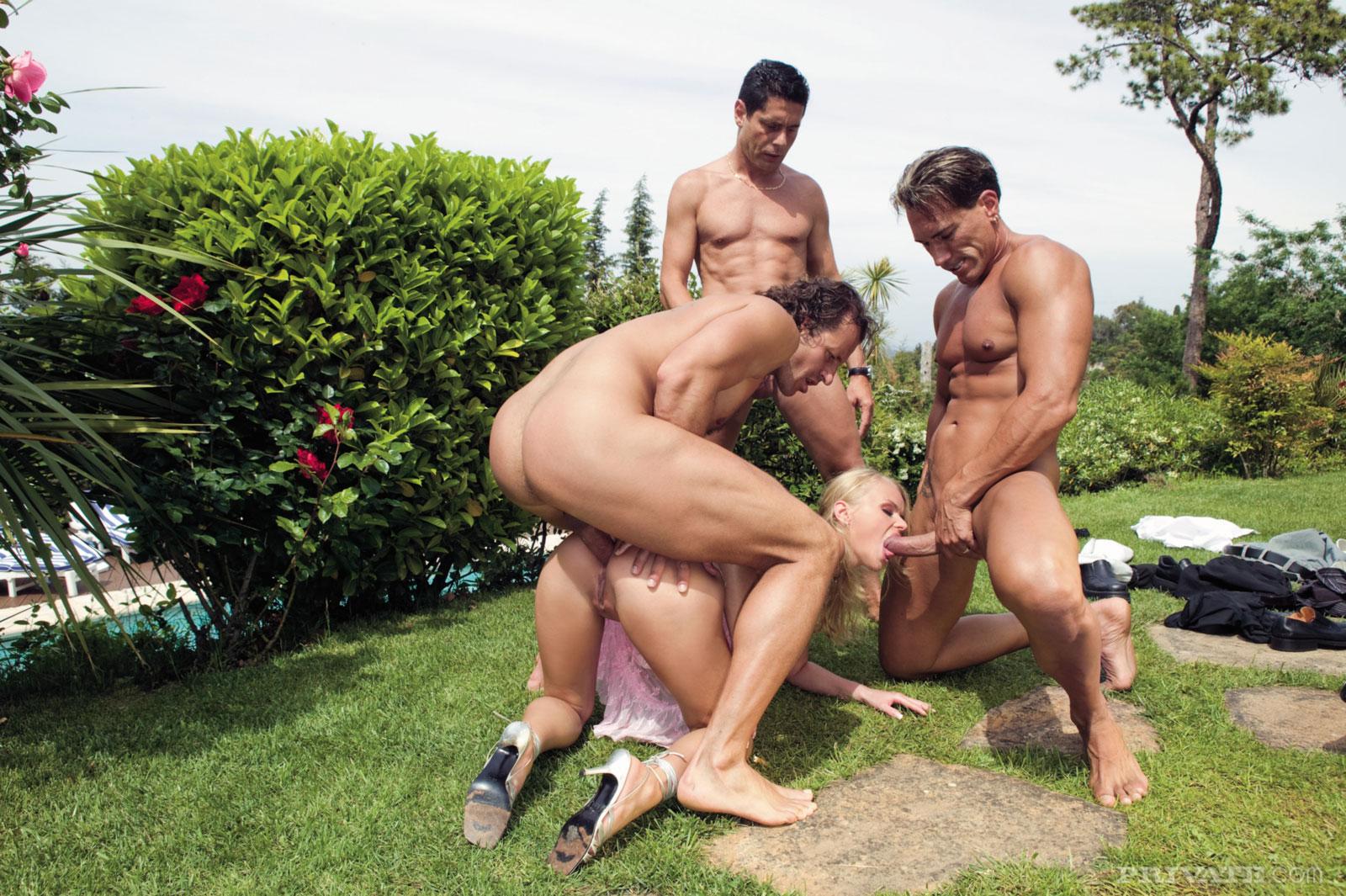 Micole stripper livonia