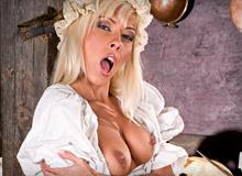 Evelyn Lory Lucy Love Silvia Saint 01 Robinson Crusoe On Sin Island