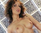 Maria Bellucci Private