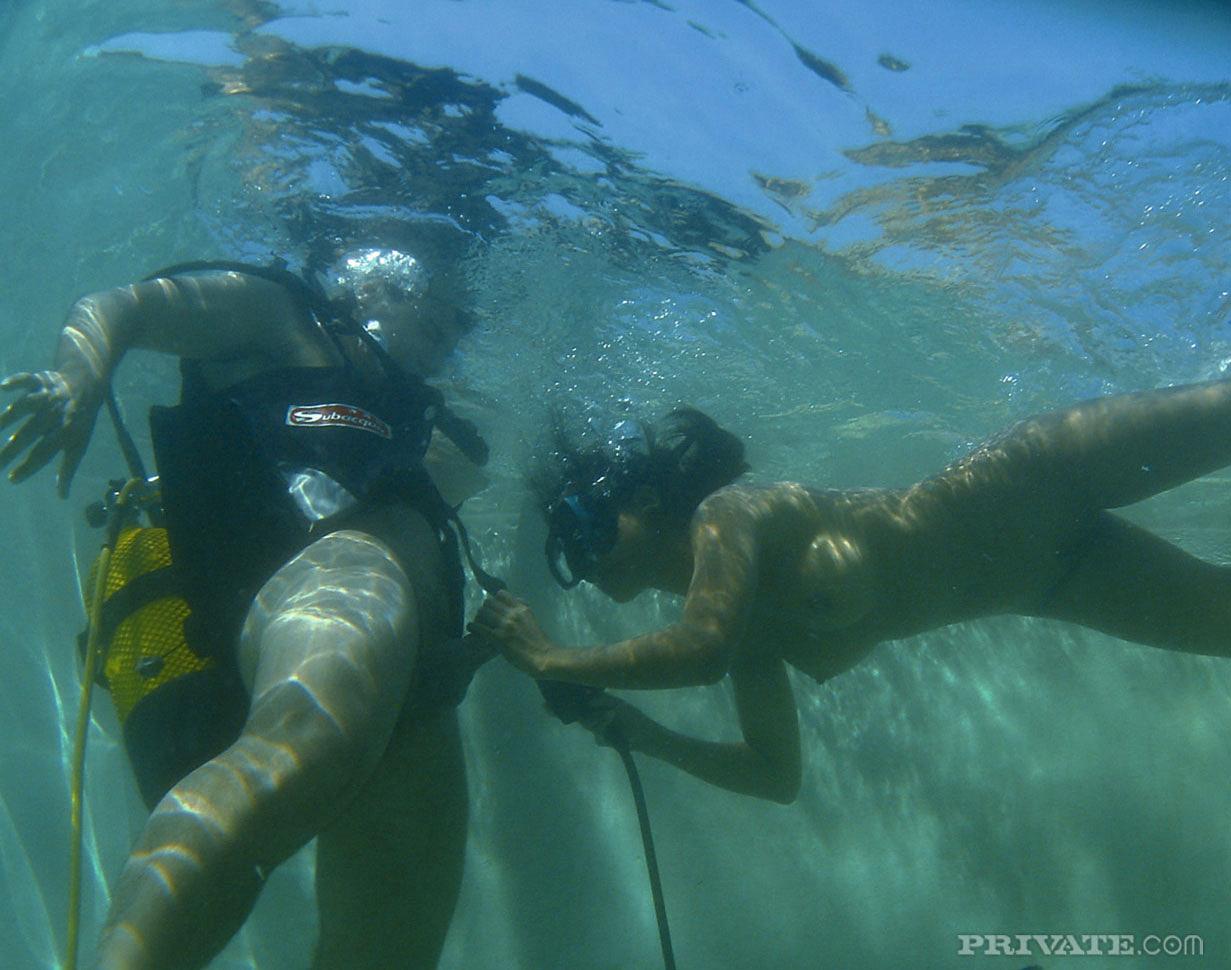 underwater bj