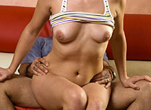 Brunette fucked by the musician