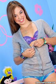 Gigi Rivera - Pics - 12