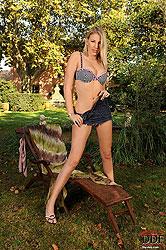 Danielle Maye masturbating with toy