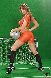 Caroline Cage naked for Netherlands
