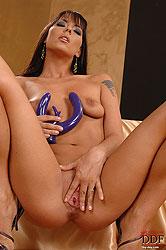 Brunette hot babe naked mad poser
