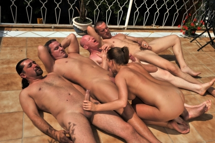 Nicole Sweet is sucking a banch of cocks deeply