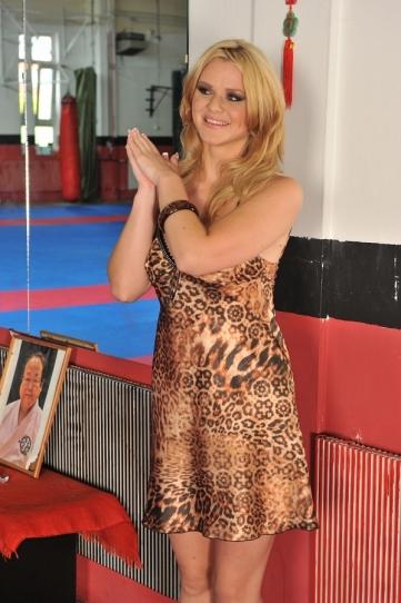 Busty blonde Natasha score din anal martial art
