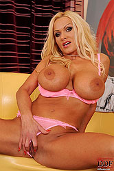 Blonde bombshell comes with fingers