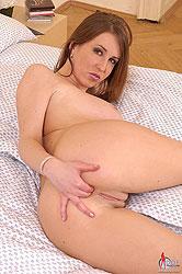 Hot Caroline C shows her huge boobs