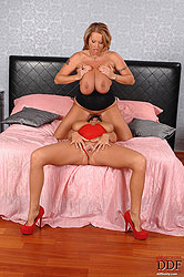 She rides her girls hot open mouth!