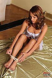 Sexy & bound babe Zuzana Z peeing