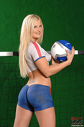 Hot blonde babe going for the goal!