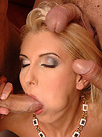 Eleanor performs mouth-fuck with her sweet lips