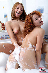 Two teen babes diving for pearls!
