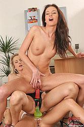 Hardcore lesbian threesome action