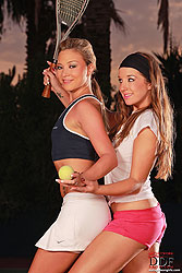 Night-time tennis lesbian-licking!
