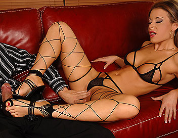 Lara is fucking in sexy lingerie and foot fetish