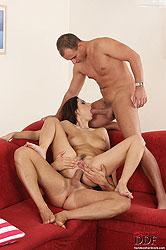 Daria Glower in hardcore threesome