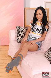 Angelina Wild´s footjob in socks