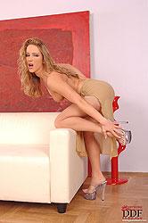 Hot Tereza Fox taking off pantyhose