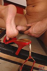 Lucky´s  soles demand his semen!