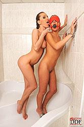 Babes Olga Barz & Zuzana Z spanking