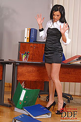 Lucy Belle spanking Liana´s hot ass
