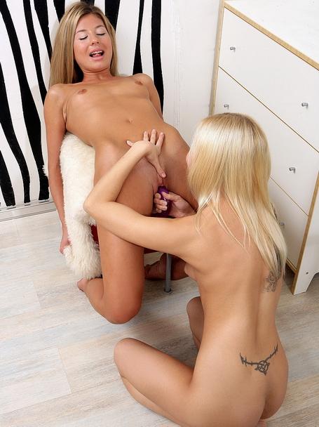 Very hot lesbian teens dildoing their assholes