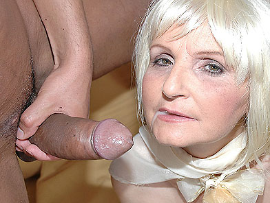 Pretty mom sits on young cock after deep blowjob