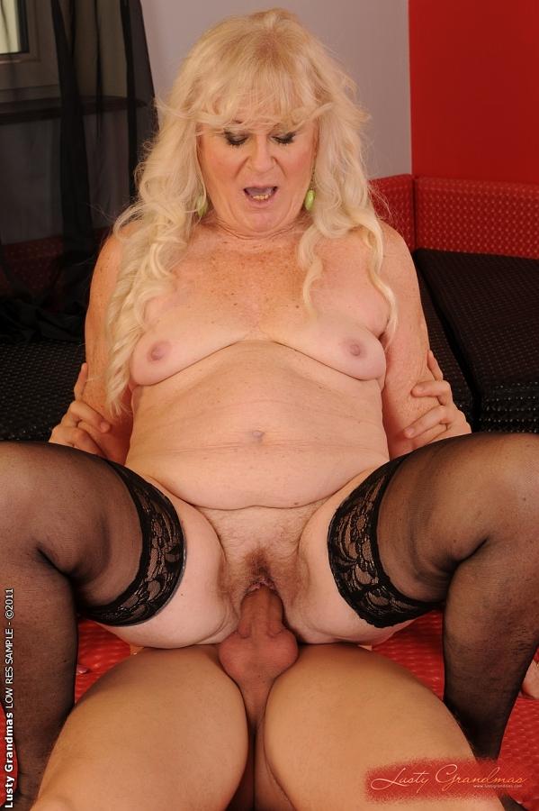 Старая блондинка лесбиянка 25 фотография