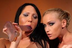 Kathia Nobilis new victim in her BDSM lezdom scene