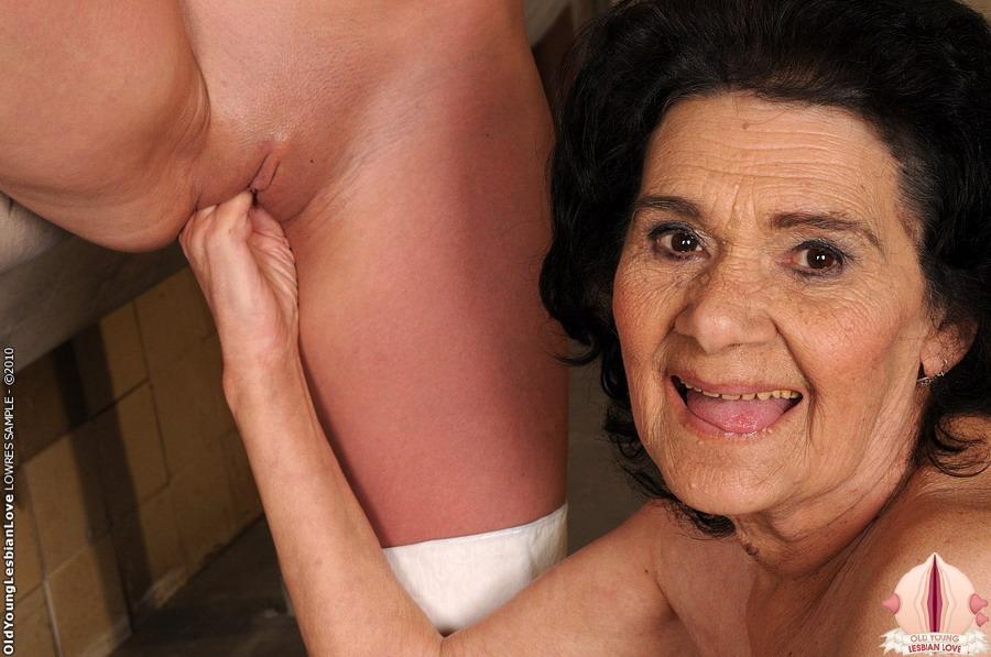 surgery sharp pain under left breast