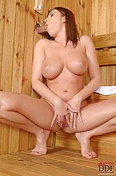 Steamy sauna hot blow job action!