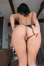 The puffy nippled, bubble butt sporting Betty is back at Give Me Pink. She enjoys an earth shattering orgasm with the Magic Fairy. Sep-2016 909