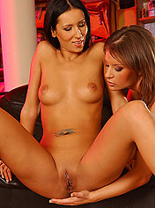 Horny Lara and Lorna makes a hot fingering party