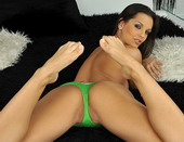 Very hot Eve Angel is stuffing her sweet asshole