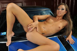 Naked Natalia washing her car and dildoing outdoor