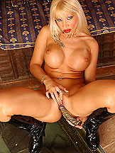 Busty blonde Dolores is dildoing in high heels