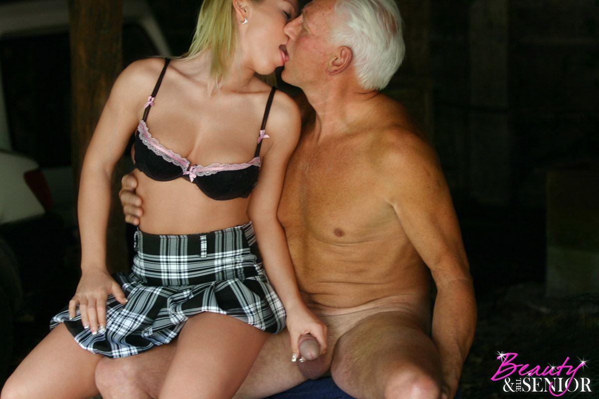 porn nudes white female