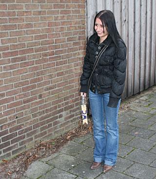 Shy brunette girl sucks an anonymous erection till it spurts