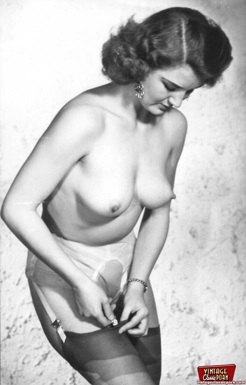 very young lorraine mckiniry nude