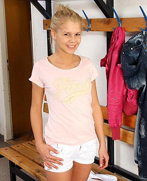 Blonde teenage cutie enjoys masturbating with big dildos
