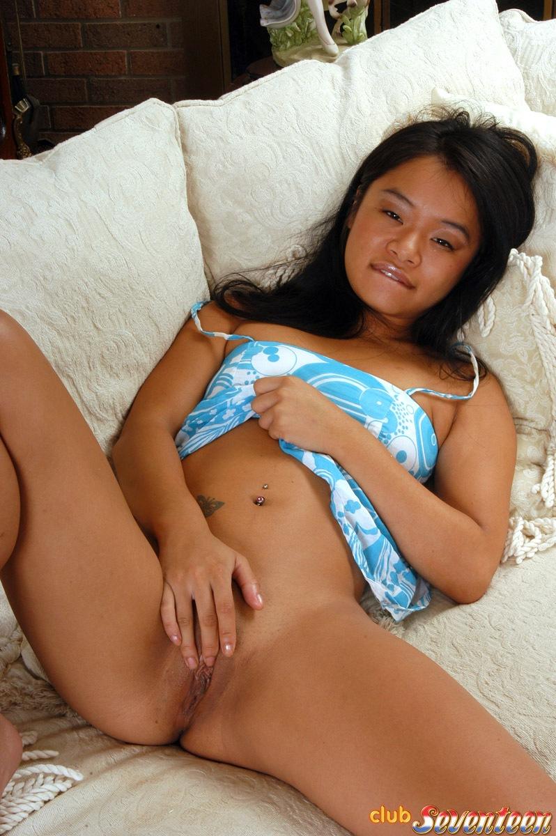 pantyhose amateur upskirt