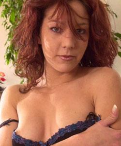 Screen test with Axelle dildos, bj & pee part 2