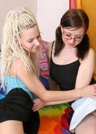 Teenie Lesbians