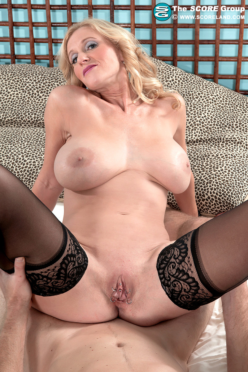 Holly claus sex Scoreland Holly Claus Is Cummin To Town Holly Claus 82 Photos Spicy Porn Trials