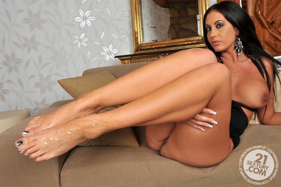 Sexy brunette porn star feet