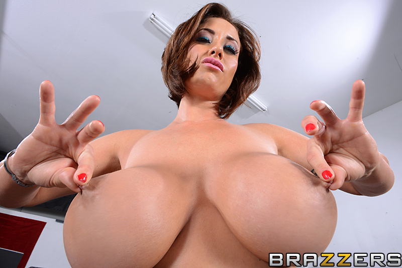 Big tits brazzer