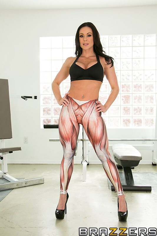 Kendra Lust Going Deep At The Gym